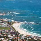 Kapstadt: Baden mit Pinguin und Hai