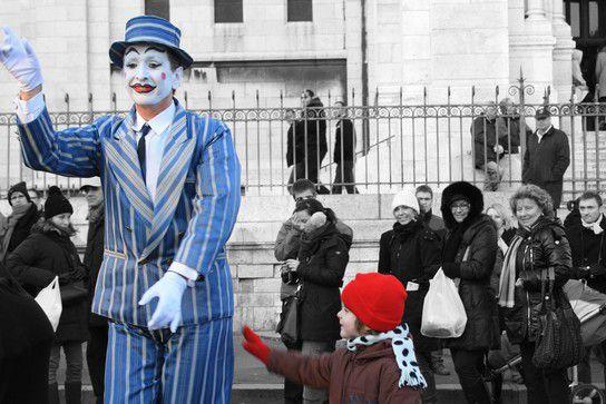 Paris Die Stadt der verzauberten Kinder