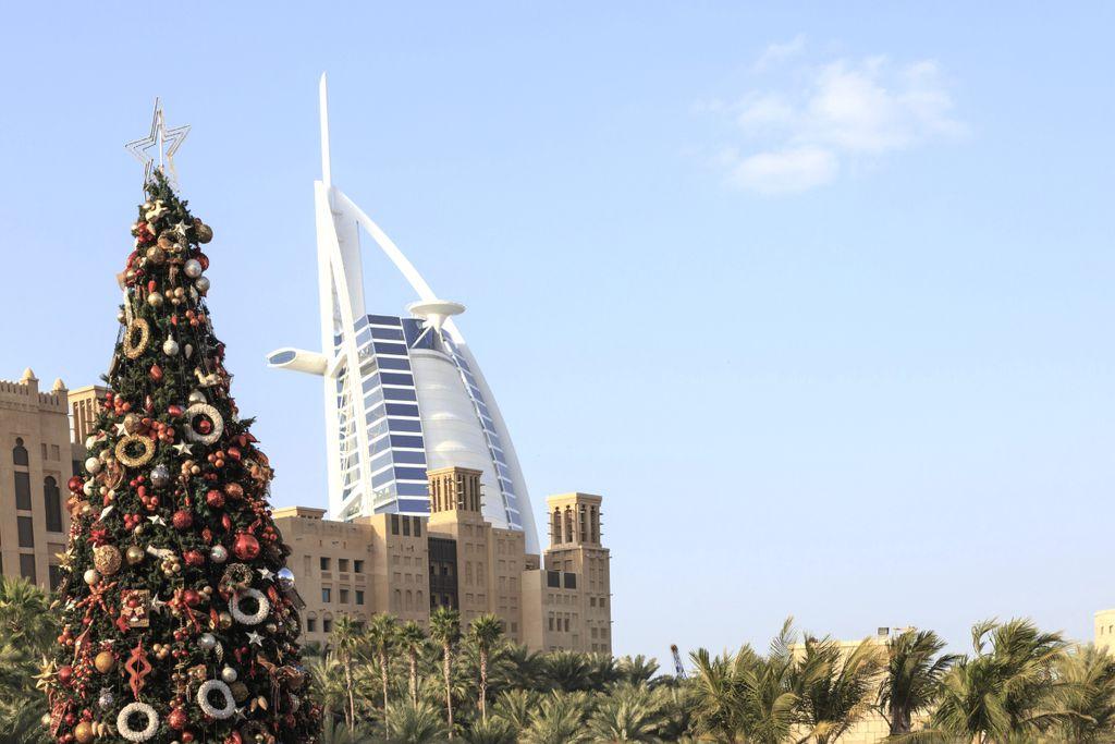 Dubai bietet Shopping zwischen Riesen-Malls und Basaren