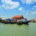 Boote vor der Insel Pulau Ubin