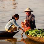 Verkauf per Boot in Kambodscha