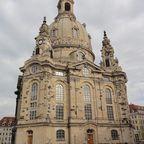 "Frauenkirche - boober, <a href=""http://www.signonservice.com/lizenzen/"">All Rights Reserved</a>"