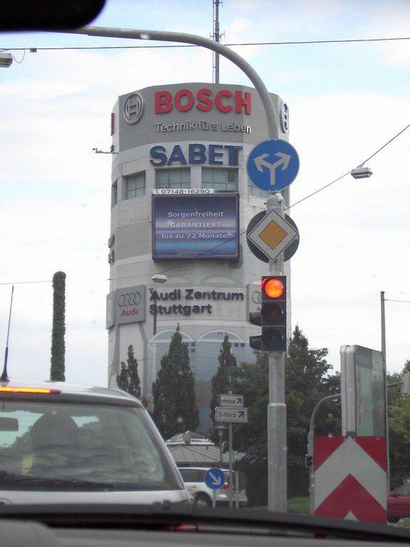Audi_Stuttgart.JPG