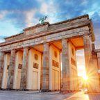 Das Brandenburger Tor bei Sonnenschein