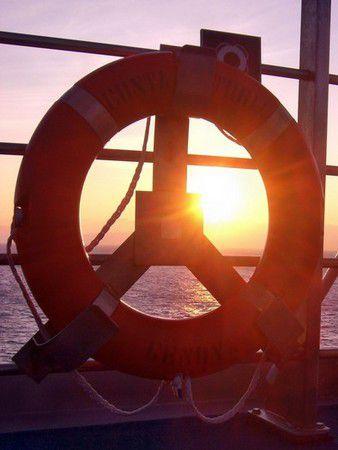 Sonnenuntergang auf dem Schiff