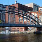 Spree in Charlottenburg mit Kraftwerk