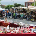 Traditioneller Straßen-Markt Feira da Ladra