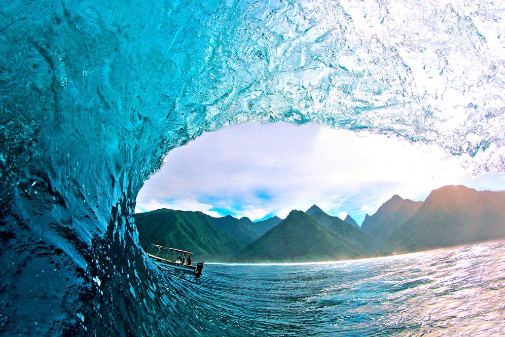 Gigantische Wellen für Surflegenden